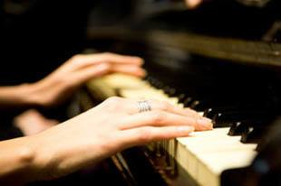 Learn to play piano at senior living in St Petersburg