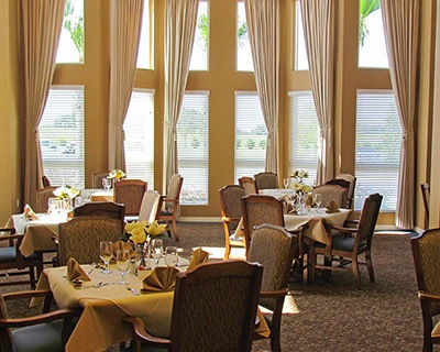 Enjoy gourmet dining at senior living in Ocala
