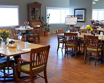 Calumet senior living has a common dining room