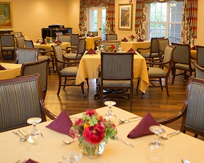 Common dining room at the senior living in Bala Cynwyd
