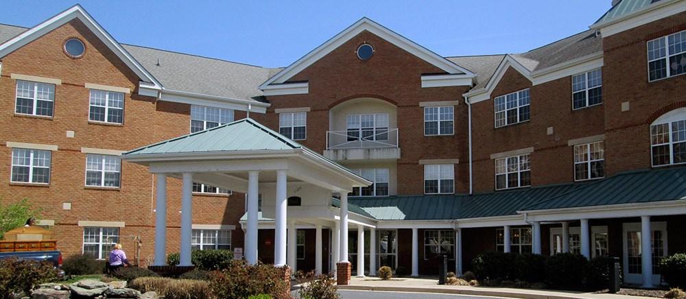Beautiful exterior to senior living in Frederick.