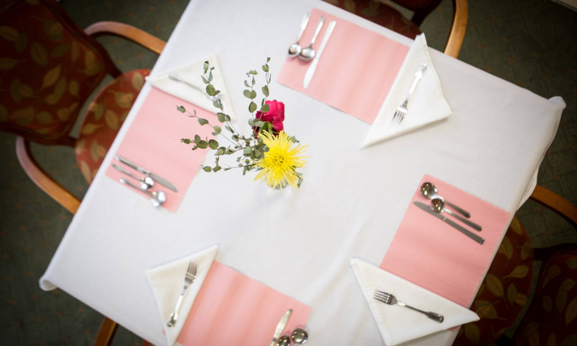 Senior living in Marquette shows off their dining tables
