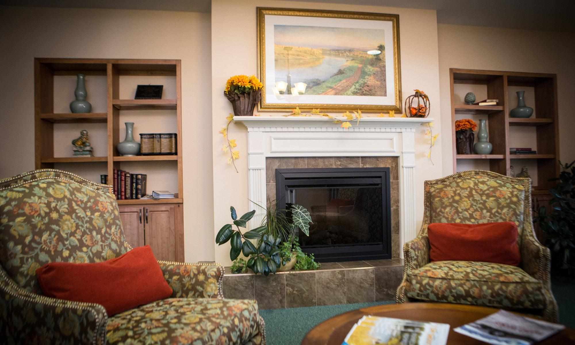 Senior living in Cadillac has an open common room