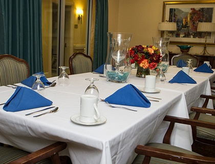Private dining in senior living in Pikesville.