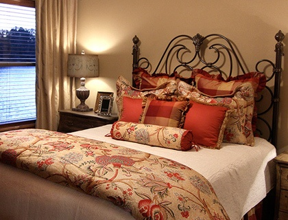 Luxurious bedroom in Hot Springs senior living.