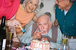 Senior living in Hot Springs are celebrating with cake