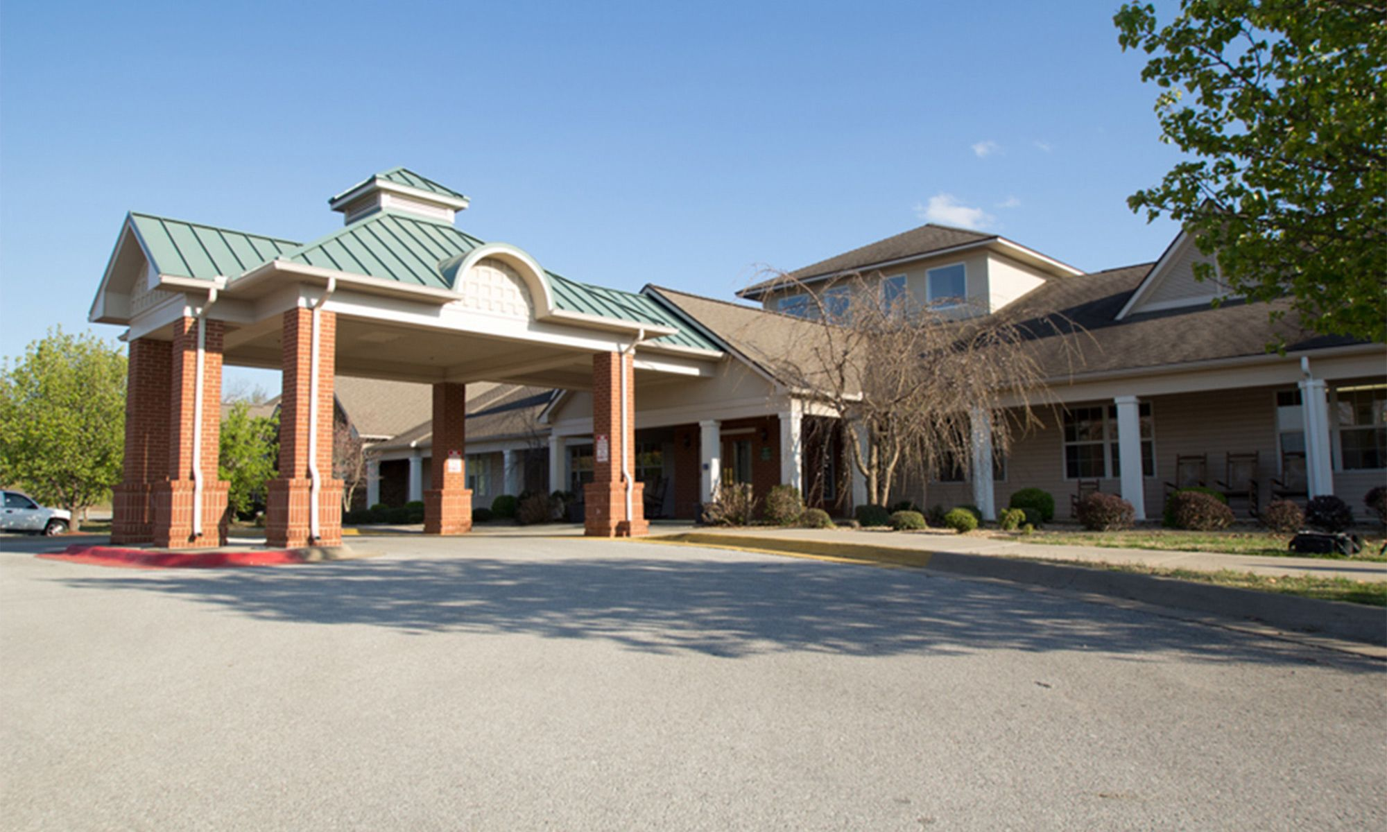 Senior living community in Fayetteville has a clean exterior building