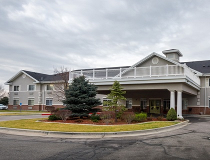 Draper senior living exterior view .