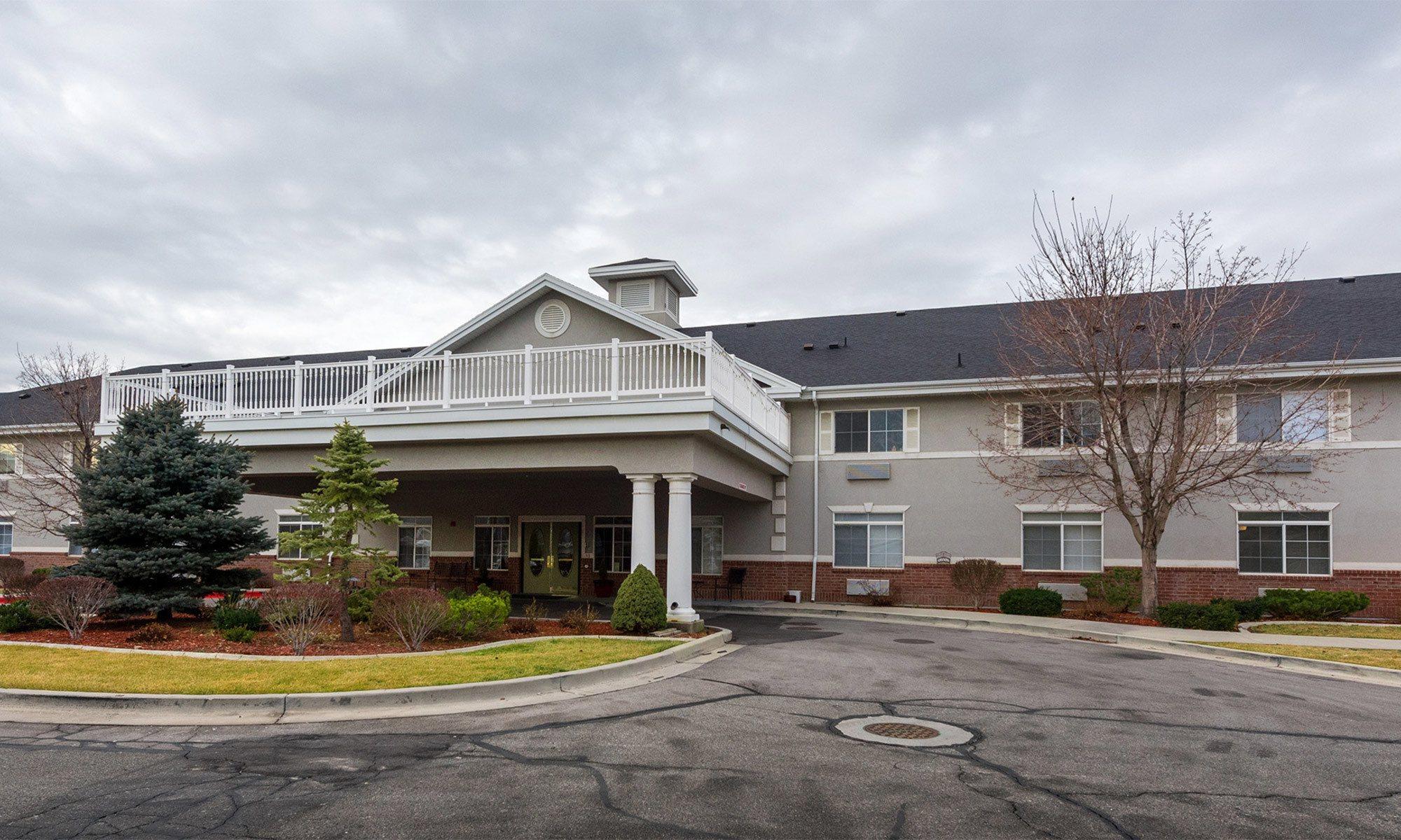 Senior living community in Draper has a clean exterior building