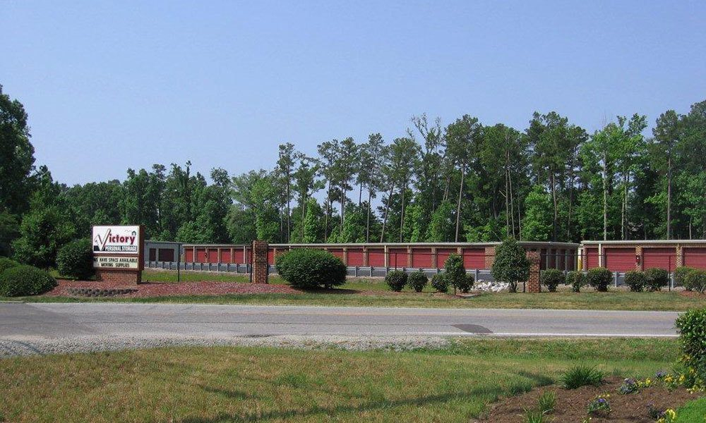 Exterior to Victory Personal Storage self storage units in Yorktown, Virginia