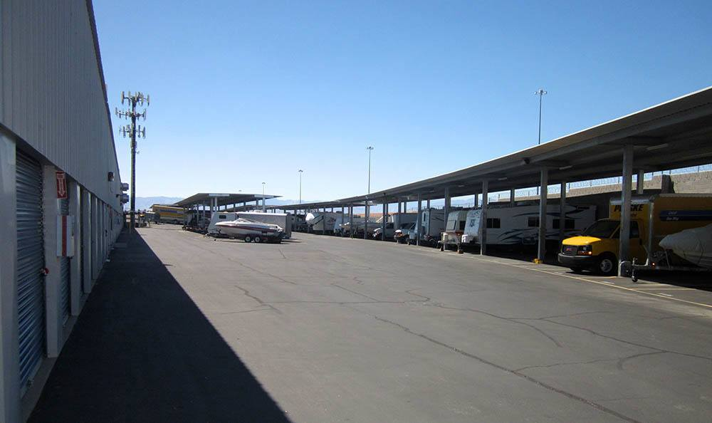 Best Storage RV and Boat Parking Area