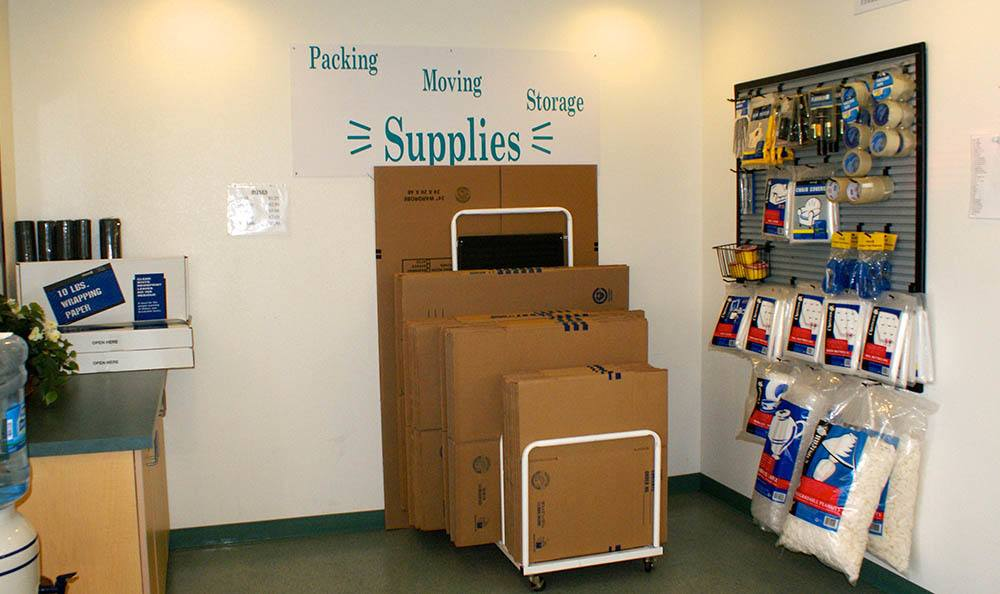 self storage in port hueneme california with moving supplies
