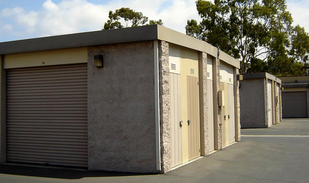 self storage in oxnard california outside unit