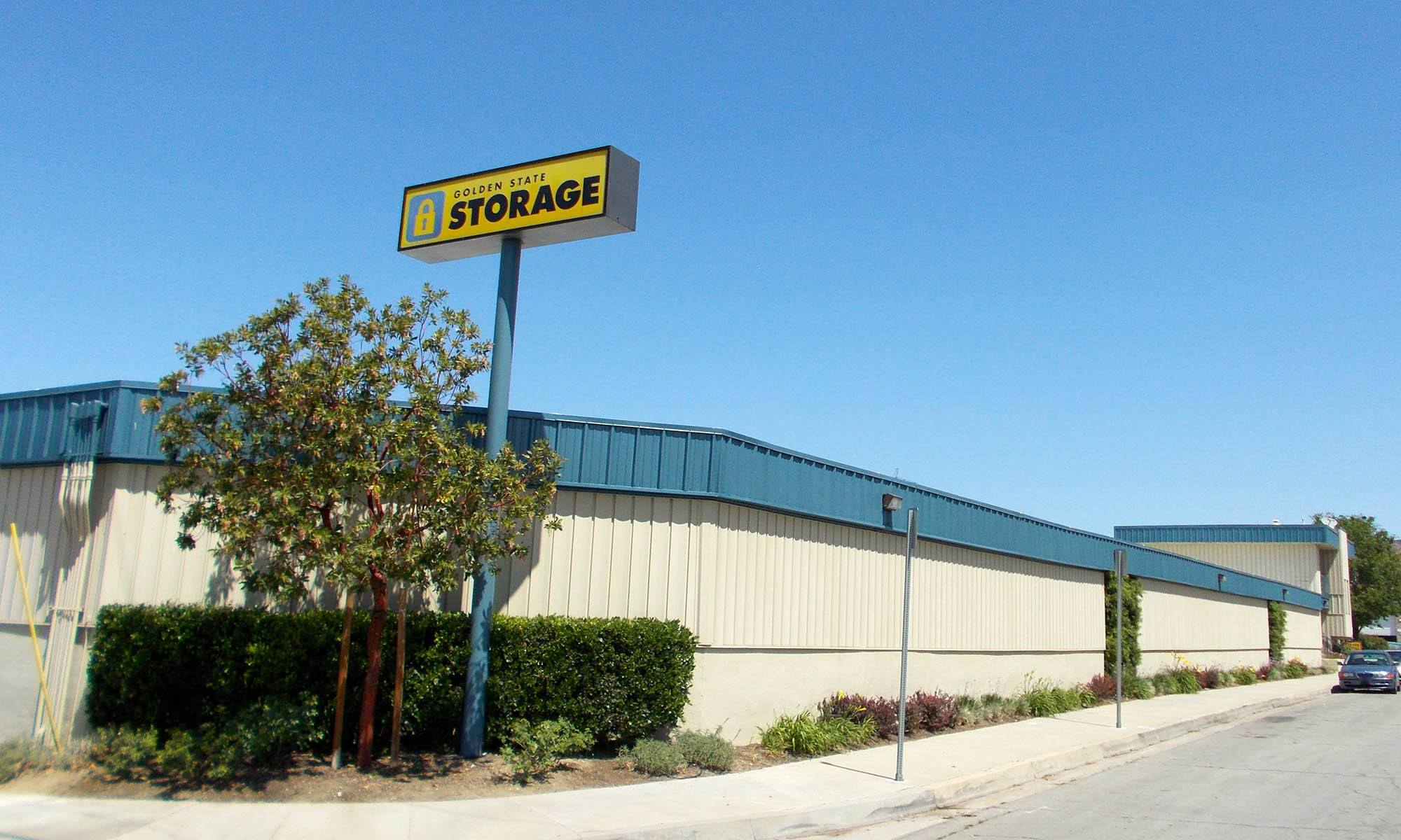 Self Storage in Santa Clarita California