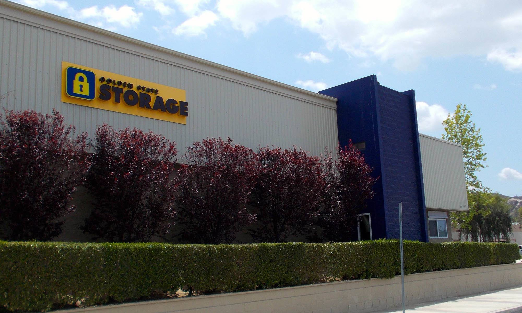 self storage in Santa Clarita california