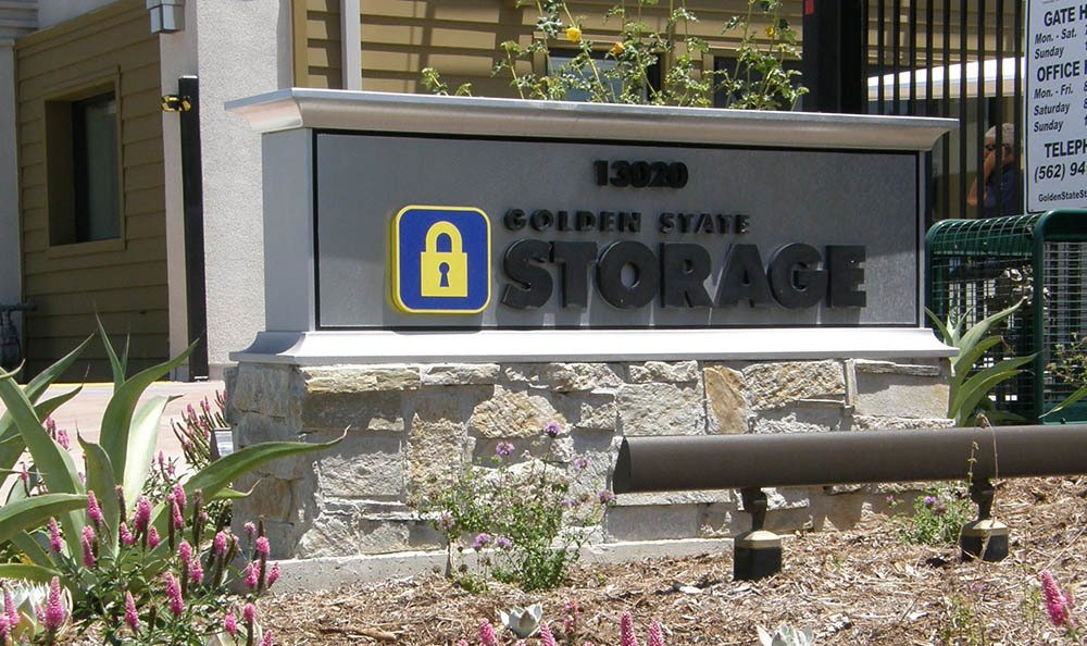 self storage in santa fe springs california sign