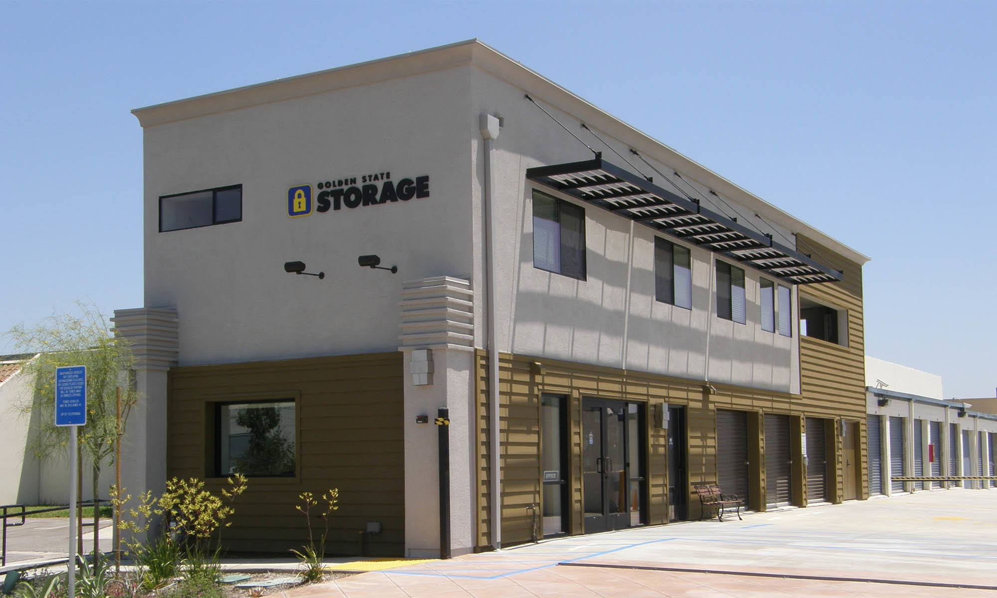 self storage in Santa Fe Springs california