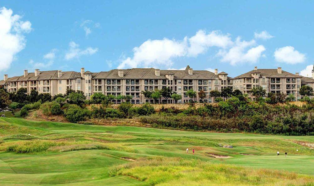 Exterior Golf Course At Meridian Apartments In San Antonio TX