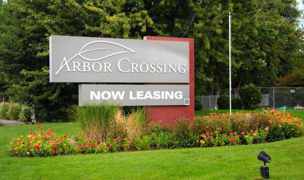 Driving up to Arbor Crossing Apartments