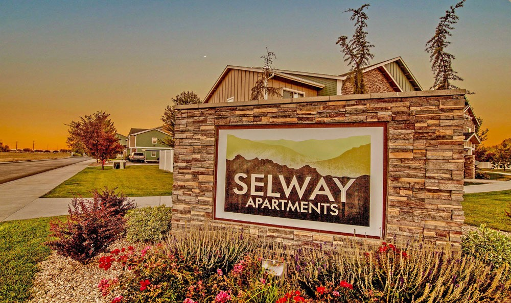Monumental Sign At Selway Apartments In Meridian ID