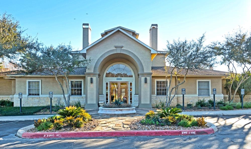 Welcome to Salado Springs Apartments In San Antonio TX