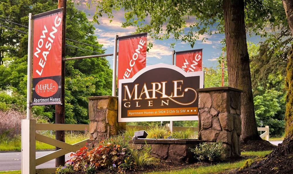 Welcome to Maple Glen Apartments In Mountlake Terrace WA