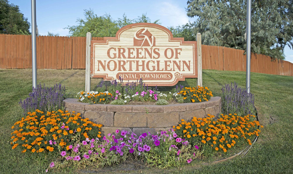 Greens of Northglenn Apartments Welcome Sign