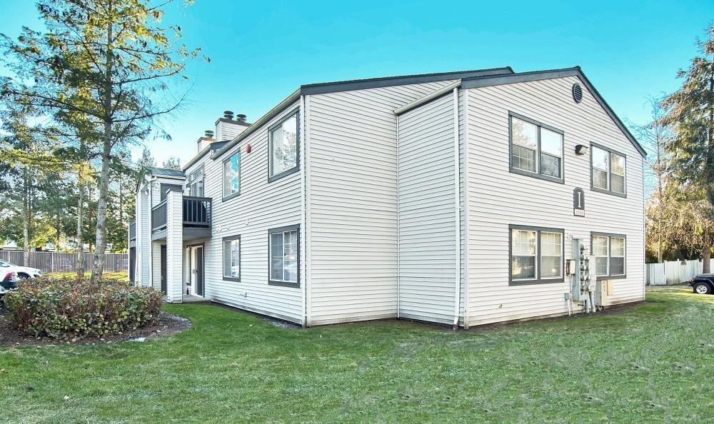 Photos | Bradford Park Apartments in Lynnwood