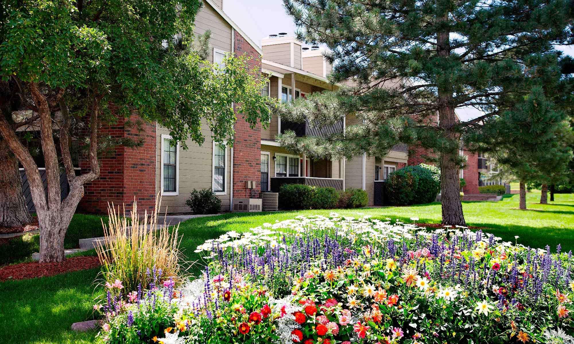Colorado Springs Apartments Near Fort Carson Mountain