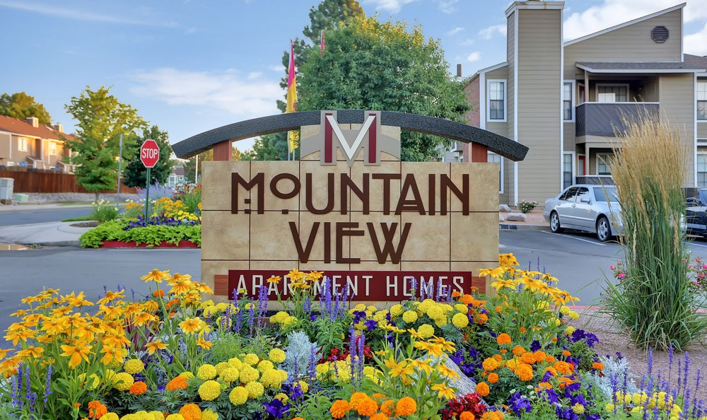 Welcome sign at Mountain View Apartment Homes