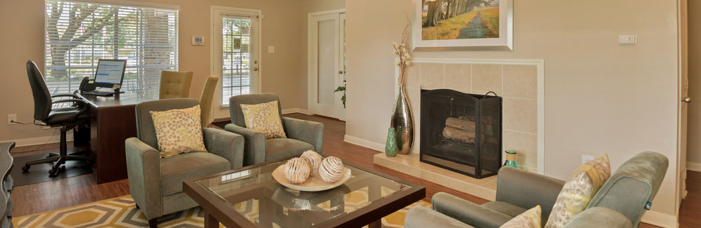 Amenities at Villages at Parktown Apartments in Deer Park TX