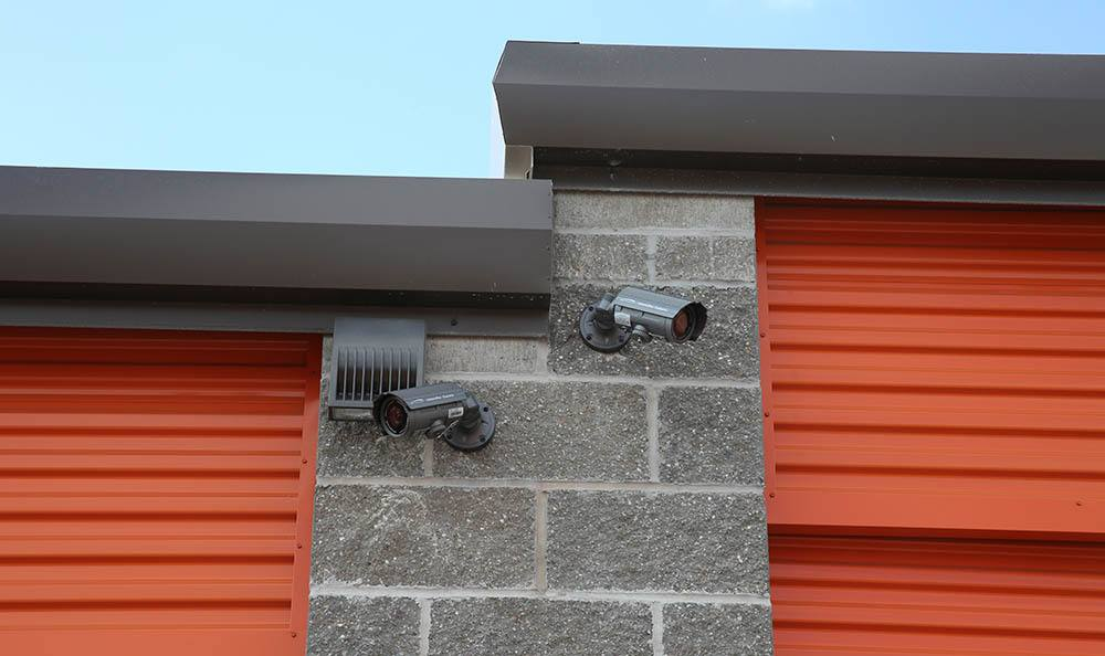 Security cameras to keep all of your belongings safe at self storage in St. Louis, MO