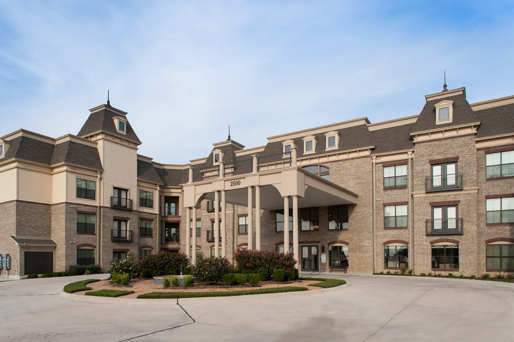 Beautiful entrance to our apartments in Lewisville