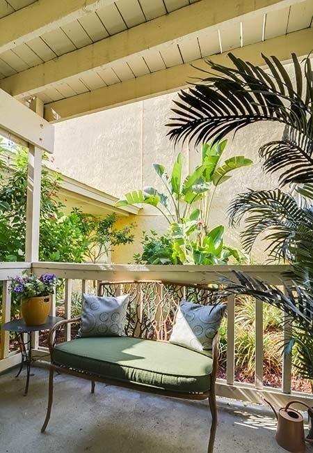 Beautiful patio at Bay Oaks in Tampa