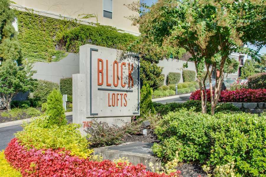 Main sign of Block Lofts