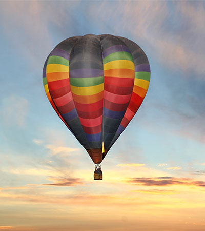 Hot air balloon above Tampa near Bay Oaks