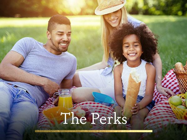 Family having a picnic in Panama City Beach near The Retreat at PCB