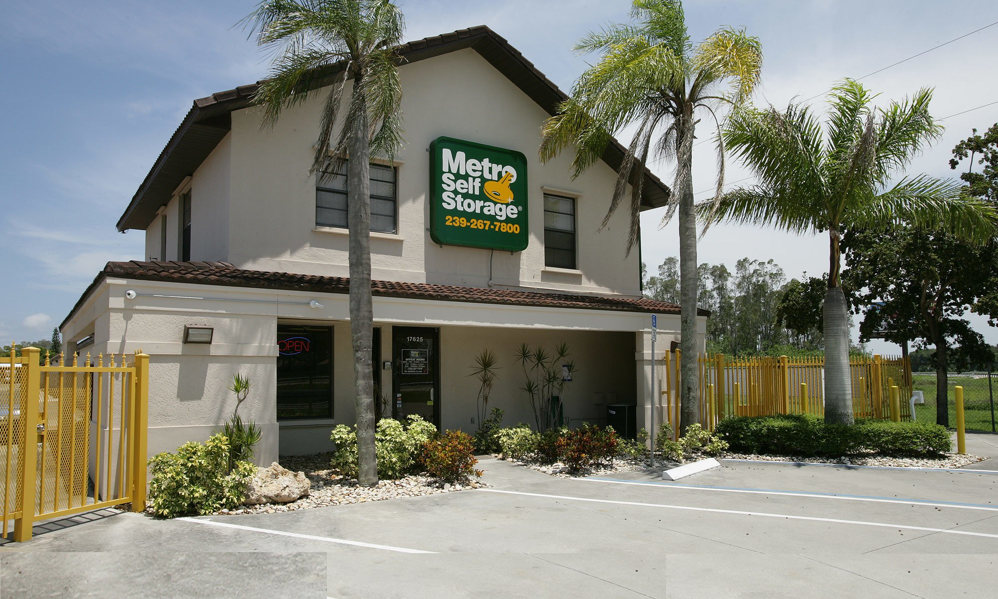 Metro Self Storage in Fort Myers, FL