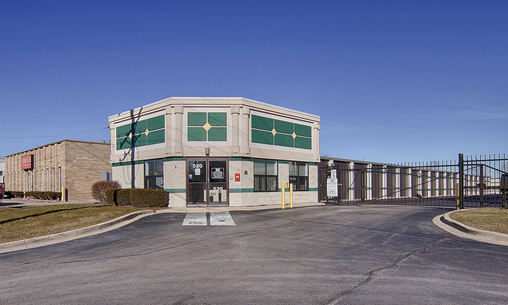 Metro Self Storage in Palatine, IL