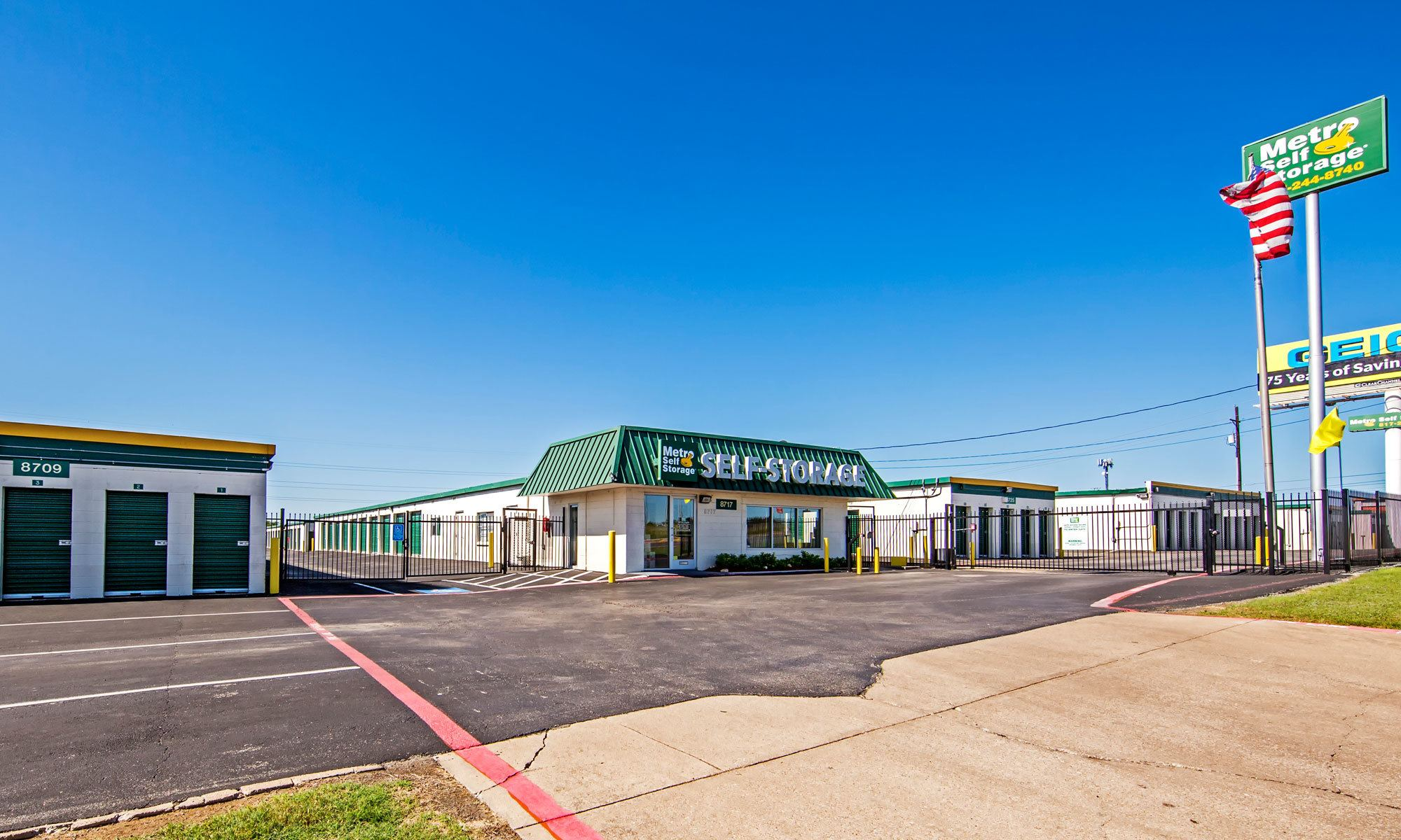 Metro Self Storage in Fort Worth, TX
