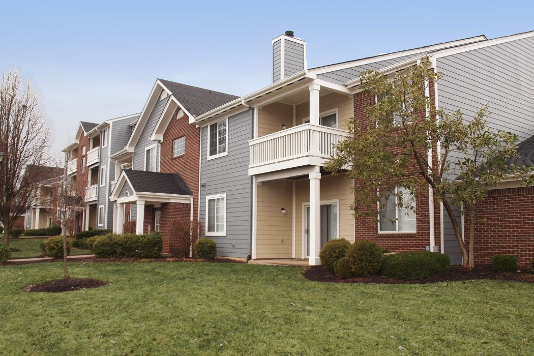 Shadow Ridge exterior apartments