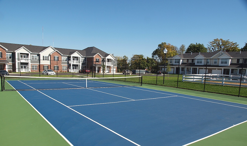 Tennis courts at Kendal on Taylorsville