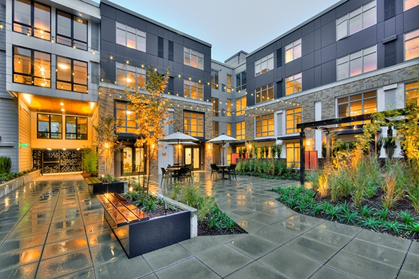 College Point Apartments Wa