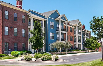 Image links to our New Longview Apartment Community.