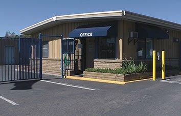 Self storage facility in Sonora