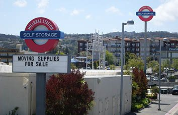 Self storage facility in Millbrae
