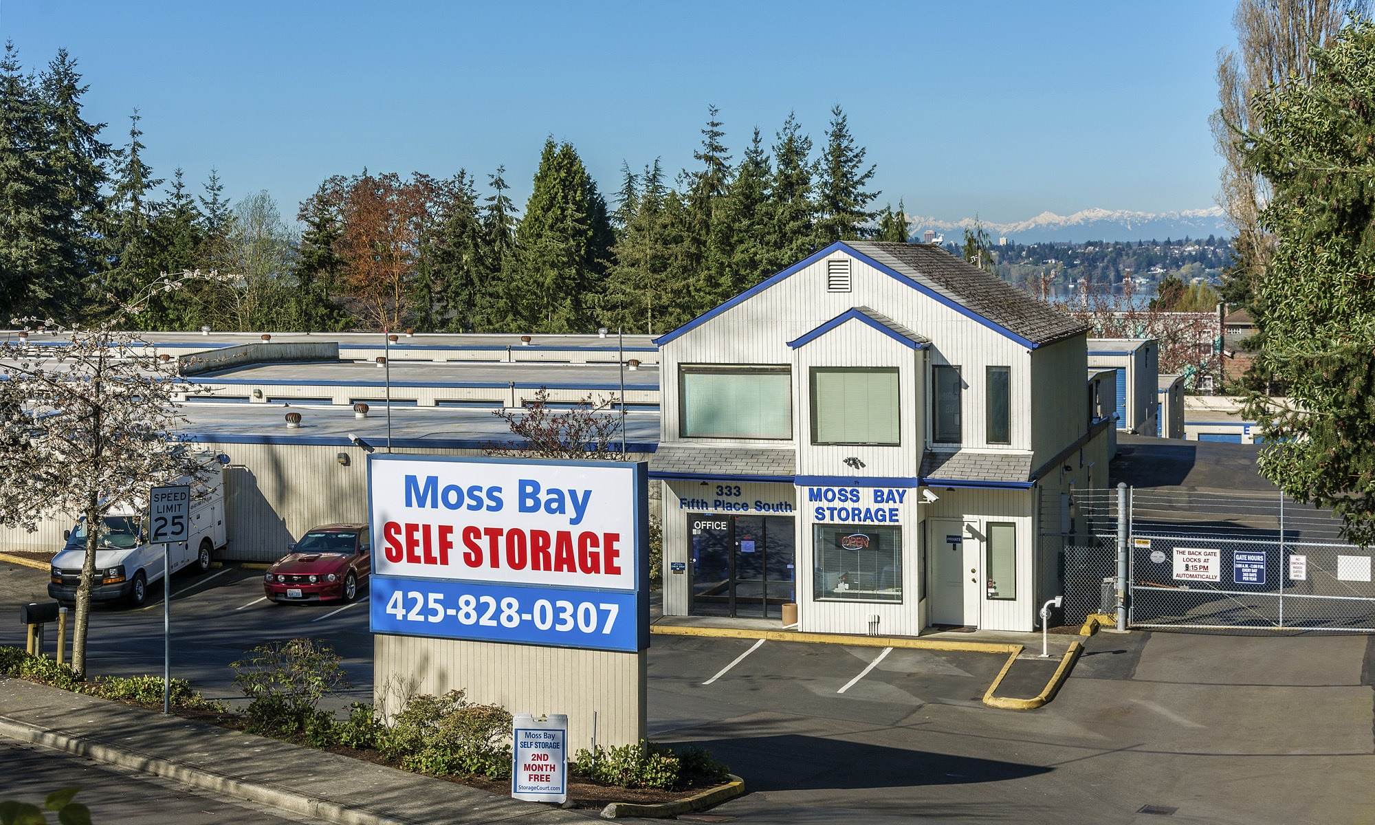 Self storage units kirkland wa moss bay self storage for Storage bay