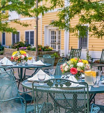 Lifestyle at senior living in Milford, CT