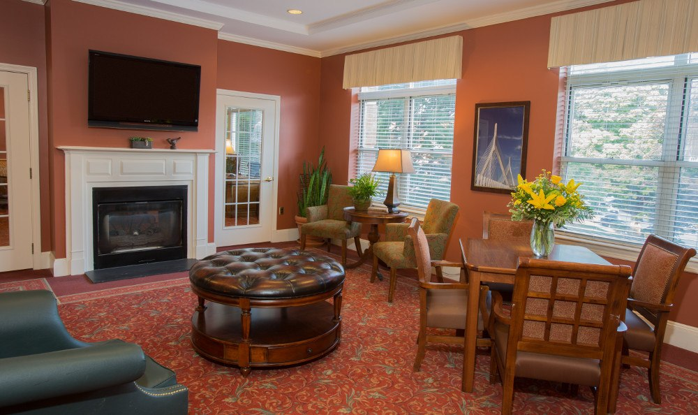 Comfortable Lounge at Senior Living at Chestnut Park at Cleveland Circle.