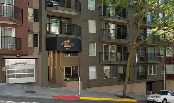Metropolitan Park Apartments entryway in Seattle